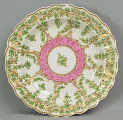 Antique Worcester porcelain plate