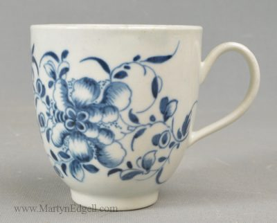 Antique Worcester porcelain coffee cup