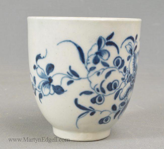 Antique Worcester porcelain coffee cup