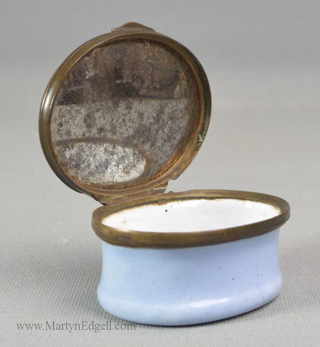 Antique Bilston enamel patch box