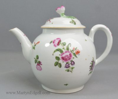 Antique Worcester teapot