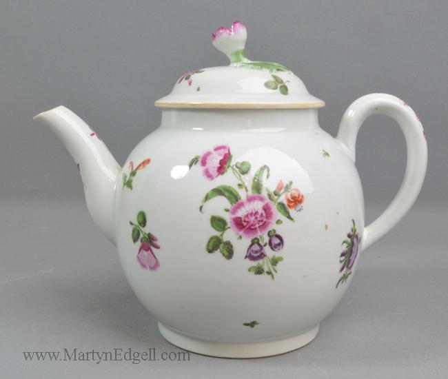 Antique Worcester teapot