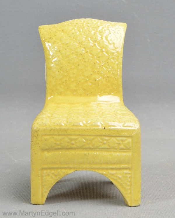Toy canary chair