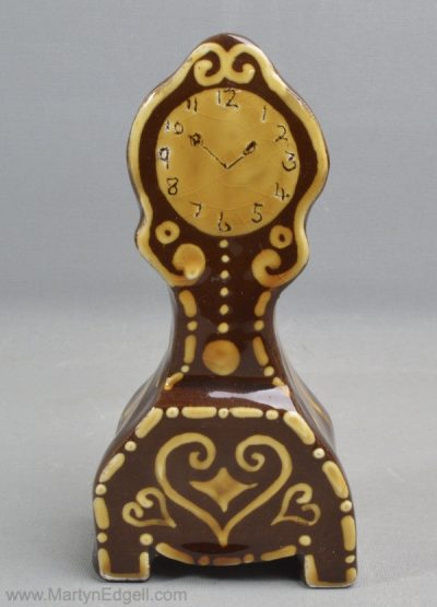 Slipware clock
