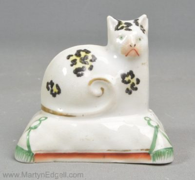 Staffordshire porcelain cat