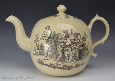 Wedgwood creamware teapot