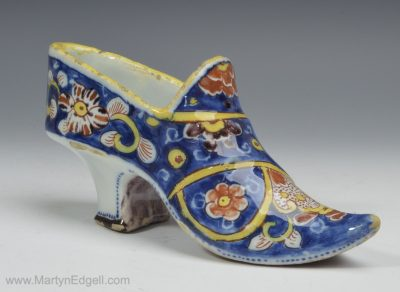 Dutch Delft shoe