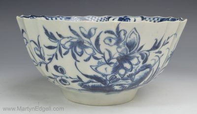 Worcester porcelain bowl