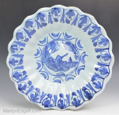 London delft dish