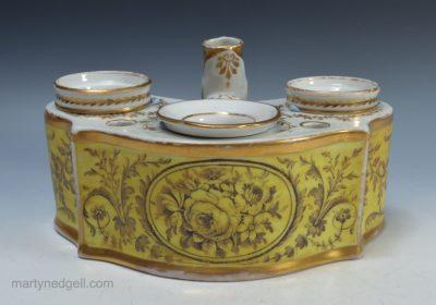 Porcelain English inkwell