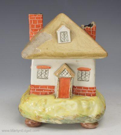 Pearlware cottage pastille