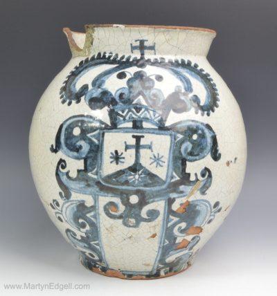 Spanish maiolica vase