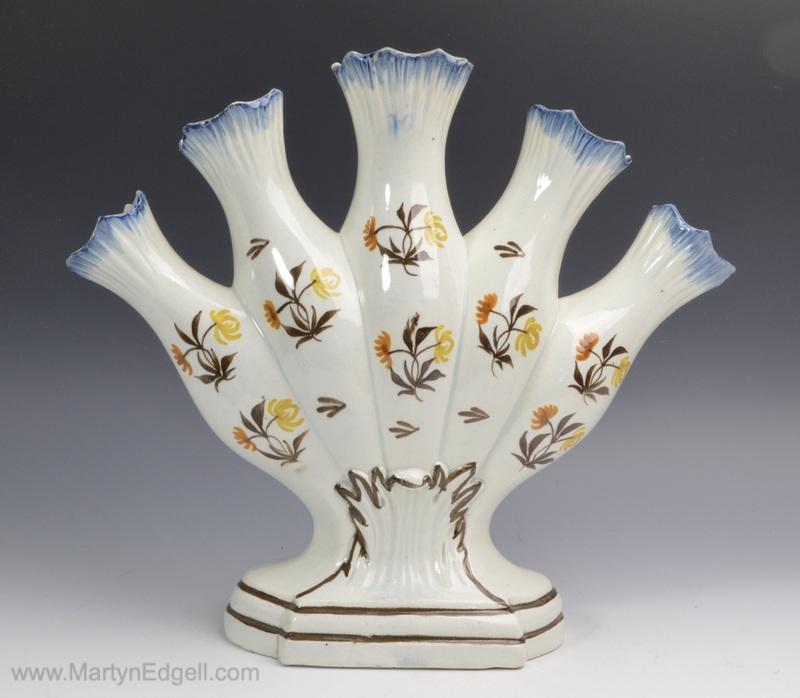 Prattware quintal vase