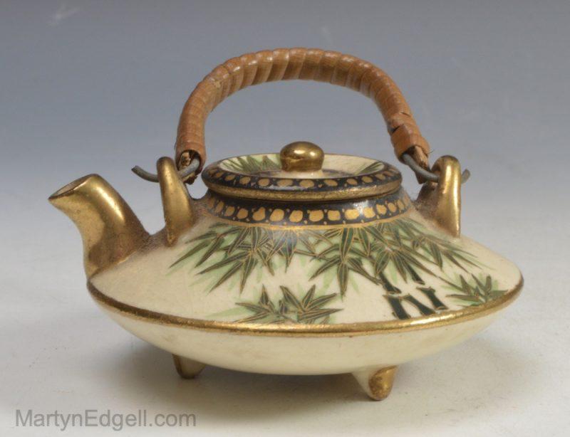 Satsuma miniature kettle