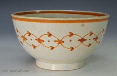 Pearlware tea bowl