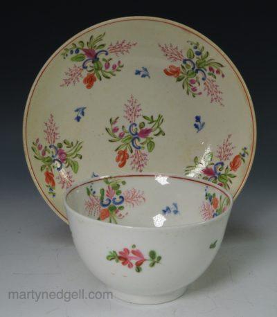 Porcelain tea bowl and saucer