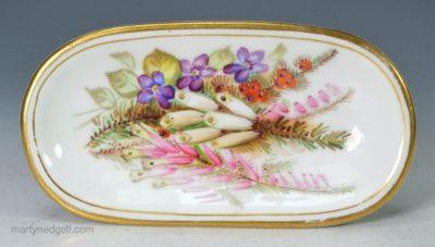 Porcelain pin tray